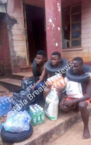 Omg! See the Notorious Teenage Robbers Caught in Olokoro in Abia State (Photos)
